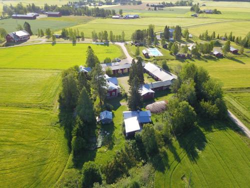Majoituspaikan Mäntylän Tila kuva ylhäältä päin