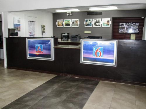The lobby or reception area at Studio 6-Alexandria, LA