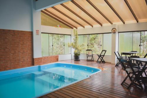 A piscina localizada em Hotel San Ghermann ou nos arredores