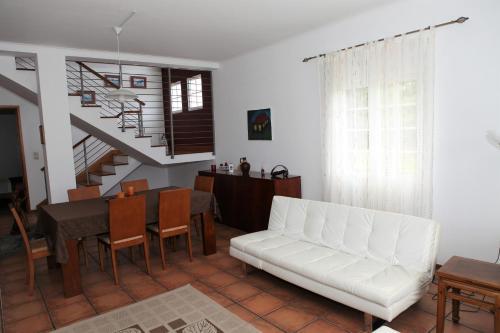 A seating area at Batalha House