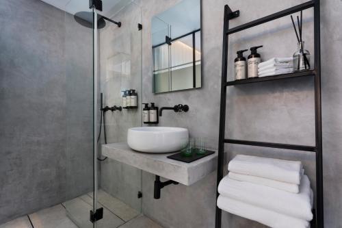 A bathroom at The Vera