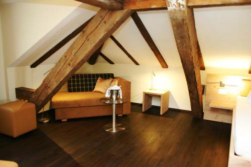 Ein Sitzbereich in der Unterkunft Gasthaus zur Waldegg; BW Signature Collection