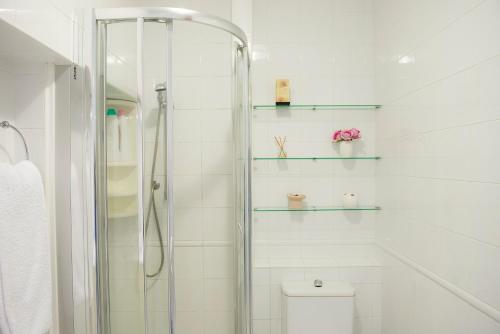 A bathroom at Pension ARCA