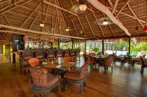 A restaurant or other place to eat at Azure Del Mar