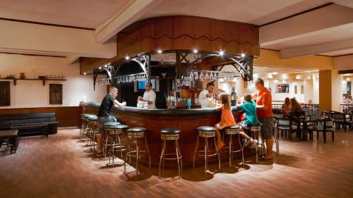 De lounge of bar bij Giftun Azur Resort