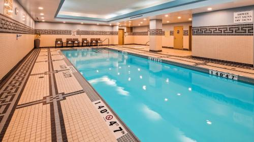 The swimming pool at or near Best Western Premier Toronto Airport Carlingview Hotel