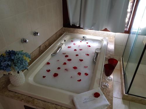 A bathroom at Coronado Beach Hotel