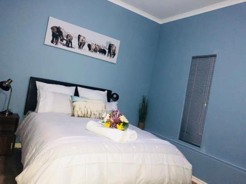 Pam's guest room