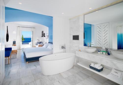 A bathroom at Mykonos Grand Hotel & Resort