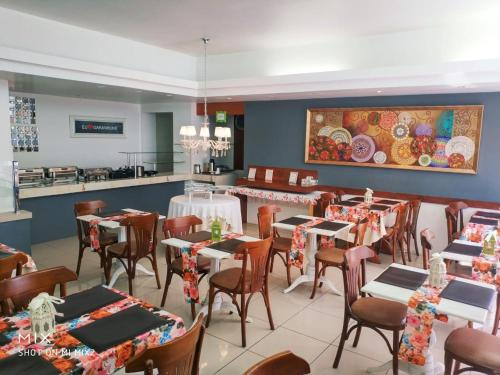 A restaurant or other place to eat at Hotel Village