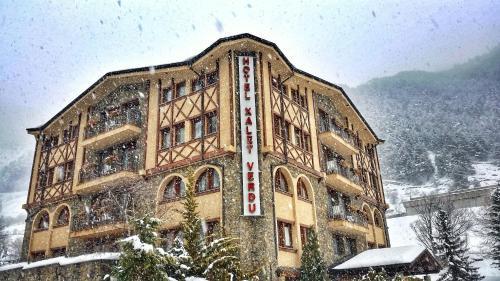 Hotel Xalet Verdú зимой