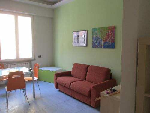 A seating area at Wendy's apartment