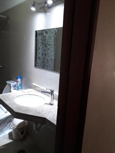 A bathroom at Apartamentos Amoblados de 1 Y 2 dormitorios
