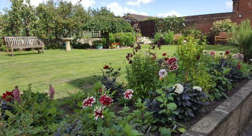 A garden outside Woodlands 159