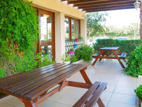 A patio or other outdoor area at ibis budget Narbonne Sud A9/A61