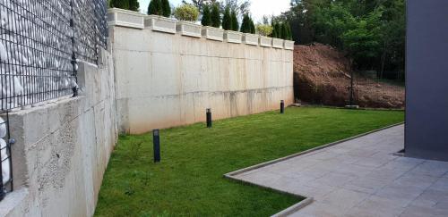 A garden outside Mihaylova kushta