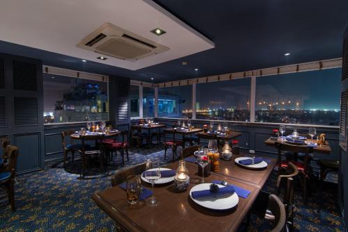 Restaurant ou autre lieu de restauration dans l'établissement Hanoi La Siesta Diamond Hotel & Spa