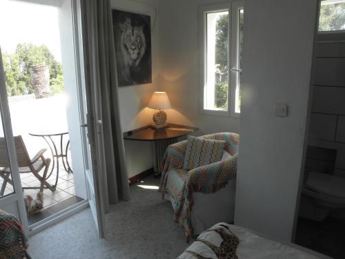 Ein Sitzbereich in der Unterkunft Villa Ingrid