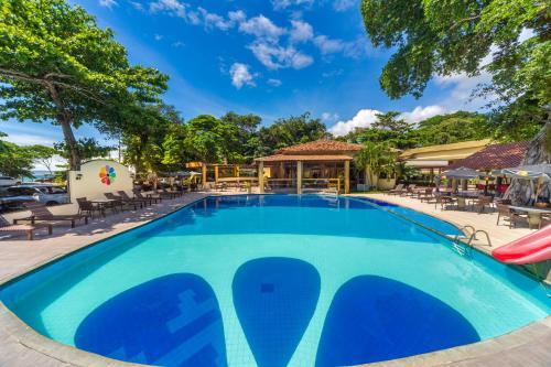 A piscina localizada em Floral Inn Family ou nos arredores