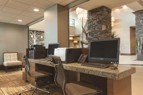 A television and/or entertainment center at Embassy Suites Saratoga Springs