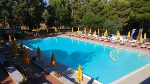 The swimming pool at or near Villaggio Camping Golfo di Arzachena