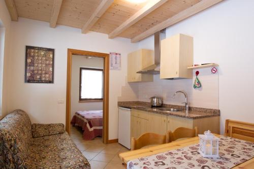 Küche/Küchenzeile in der Unterkunft Camping Castelpietra