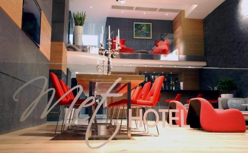 Lounge oder Bar in der Unterkunft Met Boutique Hotel