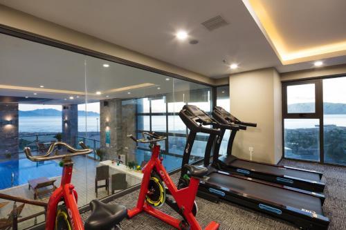 Фитнес-центр и/или тренажеры в Xavia Hotel