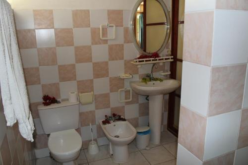 Um banheiro em Fare Edith Moorea