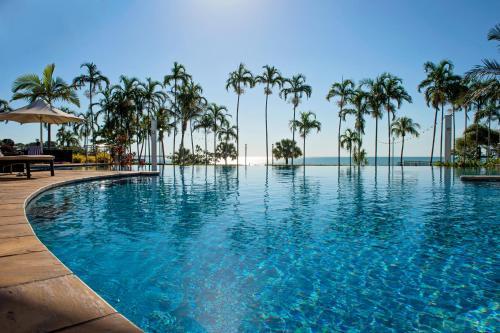 The swimming pool at or near Mindil Beach Casino Resort
