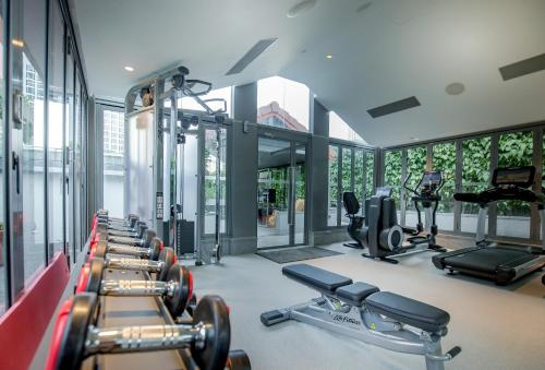 The fitness centre and/or fitness facilities at M Social Singapore (SG Clean, Staycation Approved)
