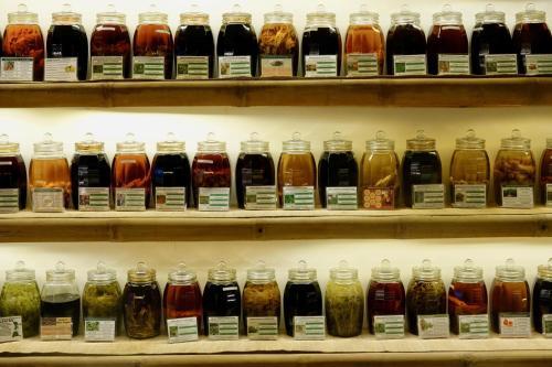 Piscine de l'établissement Nguyen Shack - Saigon Tea Coffee & Spirit Collection ou située à proximité