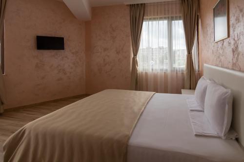 Легло или легла в стая в Хотел Кърджали