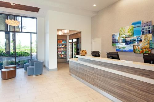 The lobby or reception area at Residence Inn by Marriott Orlando at Millenia