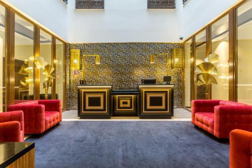 Lobbyn eller receptionsområdet på Room Mate Leo
