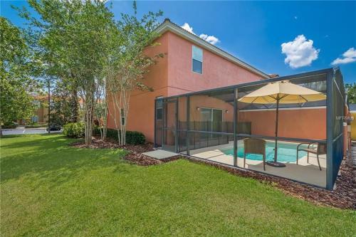 The swimming pool at or close to Villa Encantada