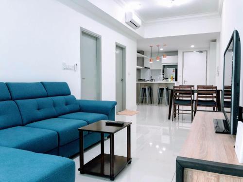 A seating area at Utopian Homes at Sutera Avenue