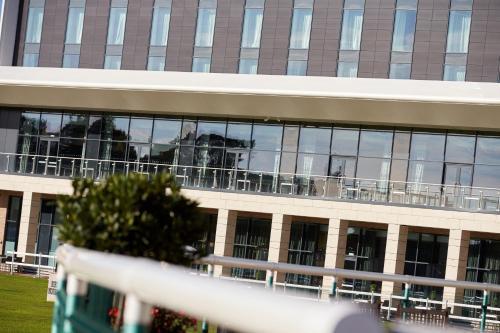 A balcony or terrace at Hilton Garden Inn Doncaster Racecourse