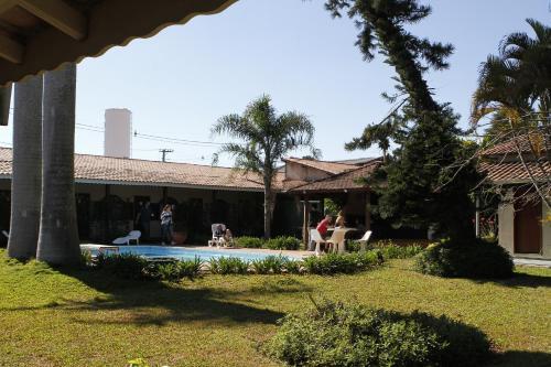A garden outside Hotel Vila da Serra