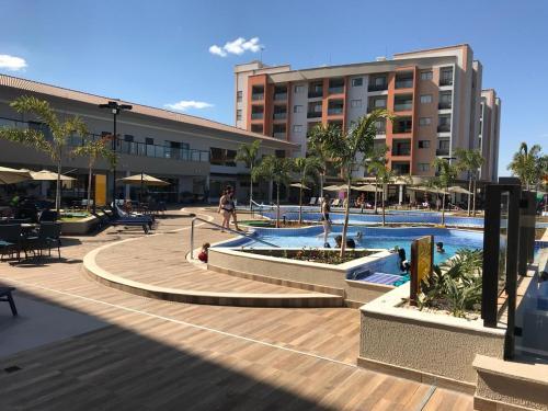 A piscina localizada em Alta Vista Thermas Resort ou nos arredores