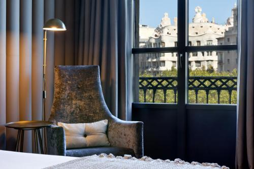 A seating area at Condes de Barcelona