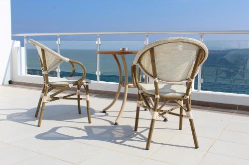 A balcony or terrace at Altin Yunus Resort & Thermal Hotel