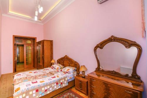 Cama ou camas em um quarto em Квартира у Моря 1