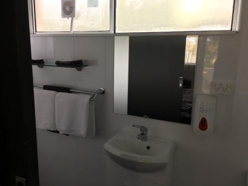 A bathroom at Budget on the Lake