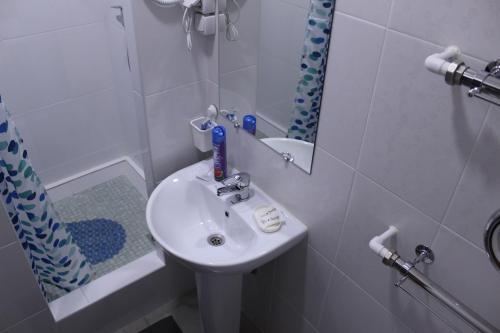 Ванная комната в Гостиница 12 Месяцев