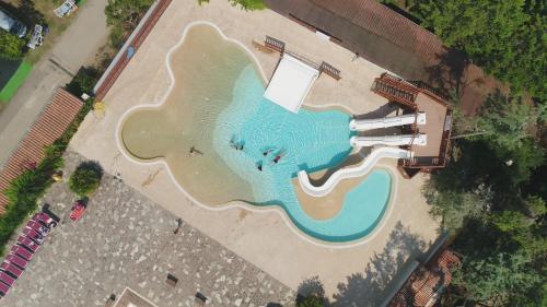 Blick auf Camping Villaggio Paestum aus der Vogelperspektive