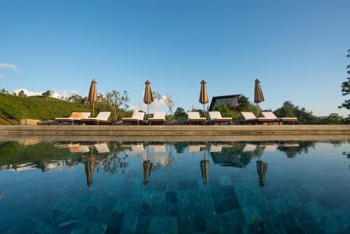 Piscina a Santani Resort & Spa -Level 1 Certified o a prop