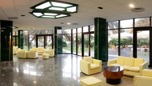 The lobby or reception area at Circeo Park Hotel