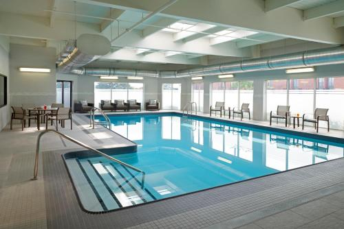 The swimming pool at or near Courtyard by Marriott Toronto Airport