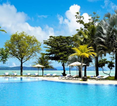 The swimming pool at or near Vivanta Langkawi, Rebak Island